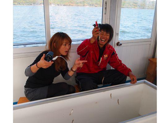 山中湖でワカサギ釣り体験!午後コース【釣りの達人が丁寧に指導】【暖房付きドーム船使用】【11:10スタート】ワカサギ釣り体験コース<3時間>