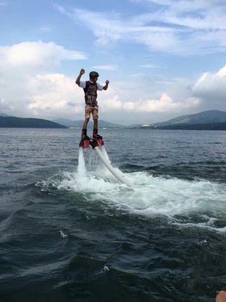 <山中湖>フライボード体験/山中湖で「空中散歩」に挑戦!<フライボード体験コース>富士山を見ながらフライボードに挑戦!(15分)