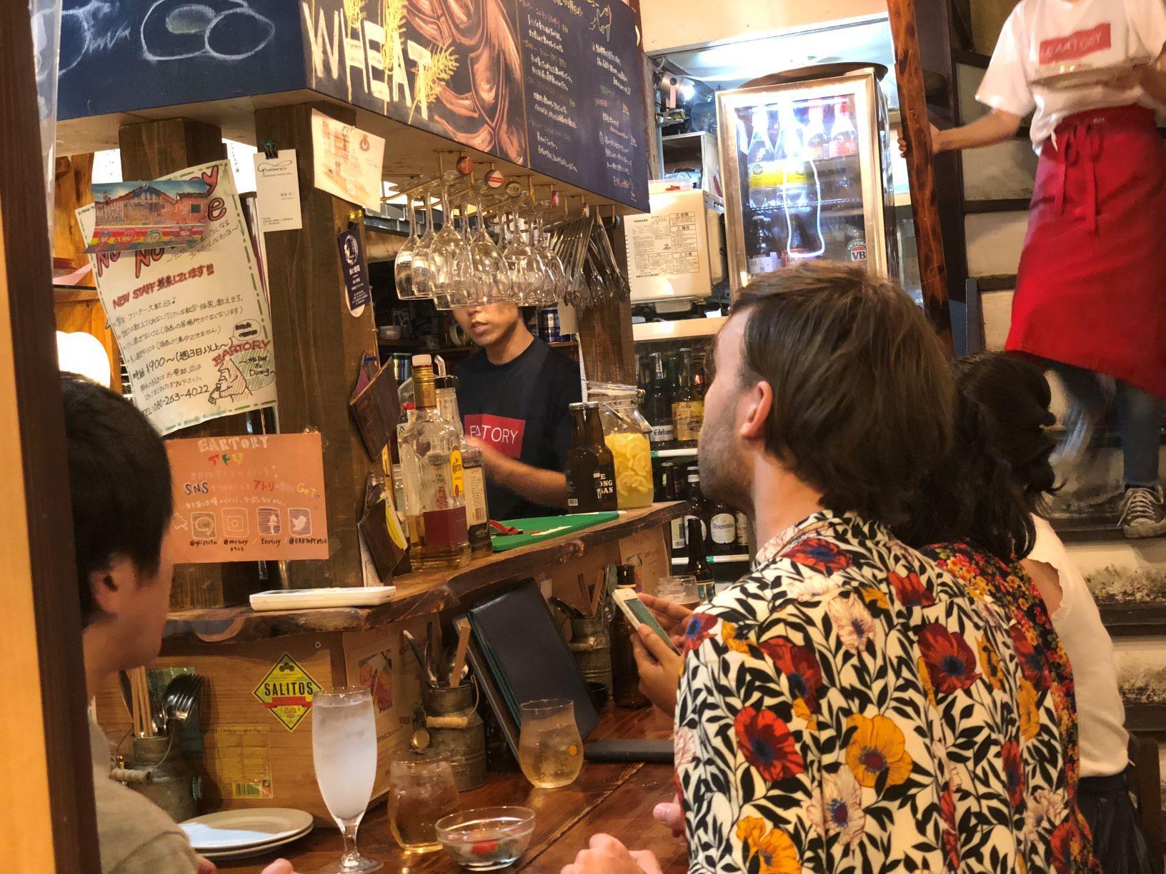 """【広島・エキニシ】街歩きとはしご酒がセットで楽しめる""""まちのみ""""プラン-Machi NOMI‼-【広島・エキニシ】街歩きとはしご酒がセットで楽しめる""""まちのみ""""プラン-Machi NOMI‼-"""