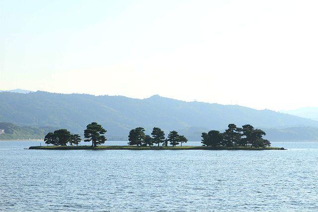 宍道湖観光遊覧船「はくちょう」クルーズ<第2乗船場発プラン>【第2乗船場11:05発】神秘的な宍道湖をクルージング<JRやバスをご利用の方は「第2乗船場」が便利です>