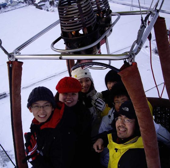 【冬季限定】熱気球フリーフライトで大空の空中散歩!冬季限定の熱気球フライト(約20分)☆高度100m以上の大空で空中散歩♪