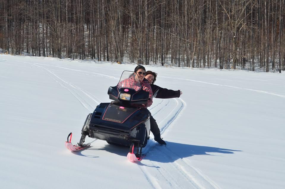 冬のスノーアクティビティプラン!スノーモービルを自分で運転できる♪♪【北海道・富良野】冬のスノーアクティビティプラン!軽食付き