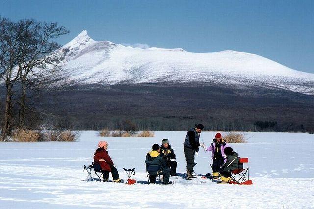 【わかさぎ釣り】大沼湖 氷上アクティビティーさお・えさ一式セット 釣り放題!氷上・わかさぎ釣り<受付終了15:30>