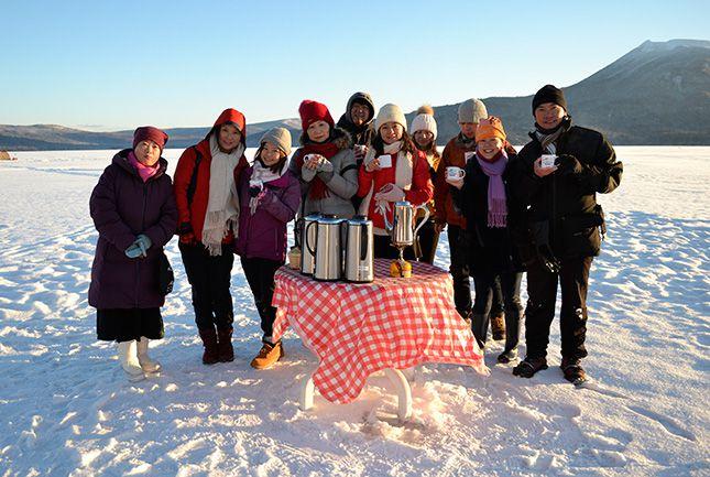 阿寒湖の氷上で朝だけの絶景カフェタイム! モーニングカフェツアー阿寒湖モーニングカフェ ツアー