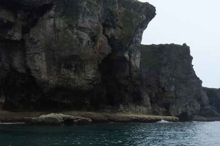 3歳から出来る!万座毛を海から眺めるシーカヤッククルージング【1便 09:30出航】万座毛を海から眺める カヤッククルージング