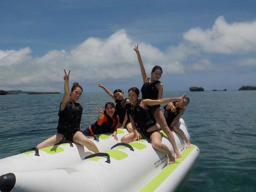 《Aプラン》無人島シュノーケリング+マリンジェット+マリンチューブ!【浜比嘉島内ムルク浜ビーチ】《Aプラン》無人島シュノーケリング+マリンジェット+マリンチューブ【浜比嘉島内ムルク浜ビーチ】
