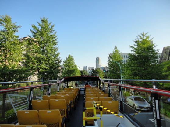 2階建てオープンバスで東京観光!スカイバスで行く皇居・銀座・丸の内コース(約50分)10:00 東京駅丸の内南口三菱ビル前/スカイバスで行く皇居・銀座・丸の内コース