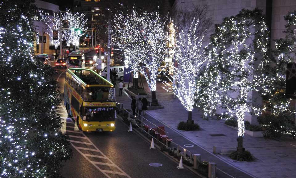 【B295】恋するラブバス/2階建てオープンバスで運行【B295】東京駅丸の内南口 (18:00発)恋するラブバス/2階建てオープンバスで運行