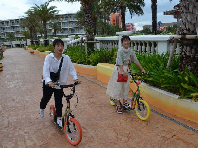 【沖縄/北谷】アメリカンビレッジをPota Pota Bikeでポタリング♪カラフルキックボードで南国の風を浴びよう【北谷/アメリカンビレッジ】PotaPotaBikeで気軽にポタリング♪