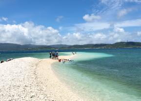 【安栄観光・<EH>鳩間島島内観光とバラス島シュノーケルツアー(4~10月)】【鳩間島島内観光とバラス島シュノーケルツアー(4~10月)】