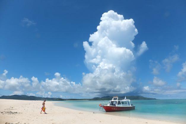 <久米島>はての浜上陸フリープラン【夏季】<半日コース>はての浜上陸プラン