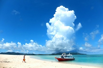 <久米島>はての浜上わくわくスノーケルプラン【夏季】<半日コース>はての浜上陸☆半日わくわくスノーケルコース