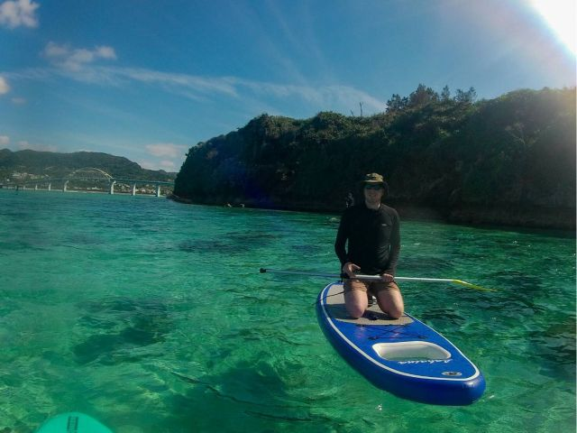 【瀬底島】綺麗な海でのSUP体験瀬底島でのSUP体験<のんびり30分コース>
