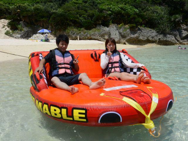 【瀬底島】爽快!トーイングマーブル!瀬底島でのマーブル体験