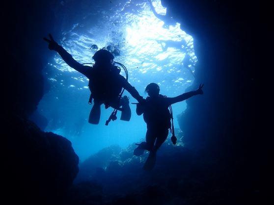 青の洞窟【ファンダイビング ビーチエントリーorらくらくボートエントリー】青の洞窟【ファンダイビング ビーチエントリー】(1ダイブコース)