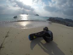 【沖縄・本部】塩川ビーチで遊ぼう!ホバーボード 体験コース & パラセーリング【9:00出発】ホバーボード 体験コース & パラセーリング