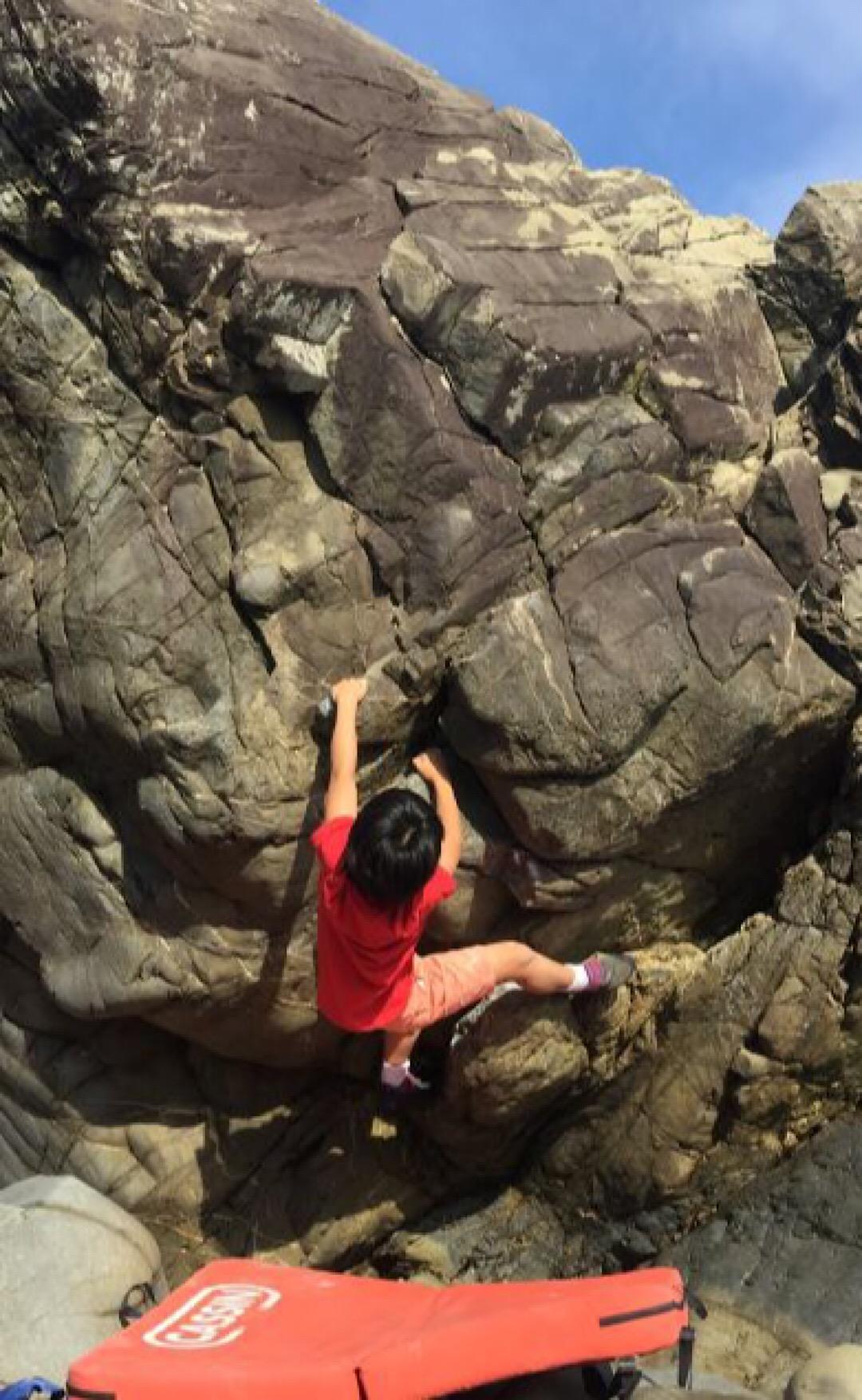 【レンタルマット】屋久島の岩を登る!アウトドアボルダリング【トポ・チョーク無料貸出サービス】屋久島の岩を登る!アウトドアボルダリングレンタルマット【1枚】