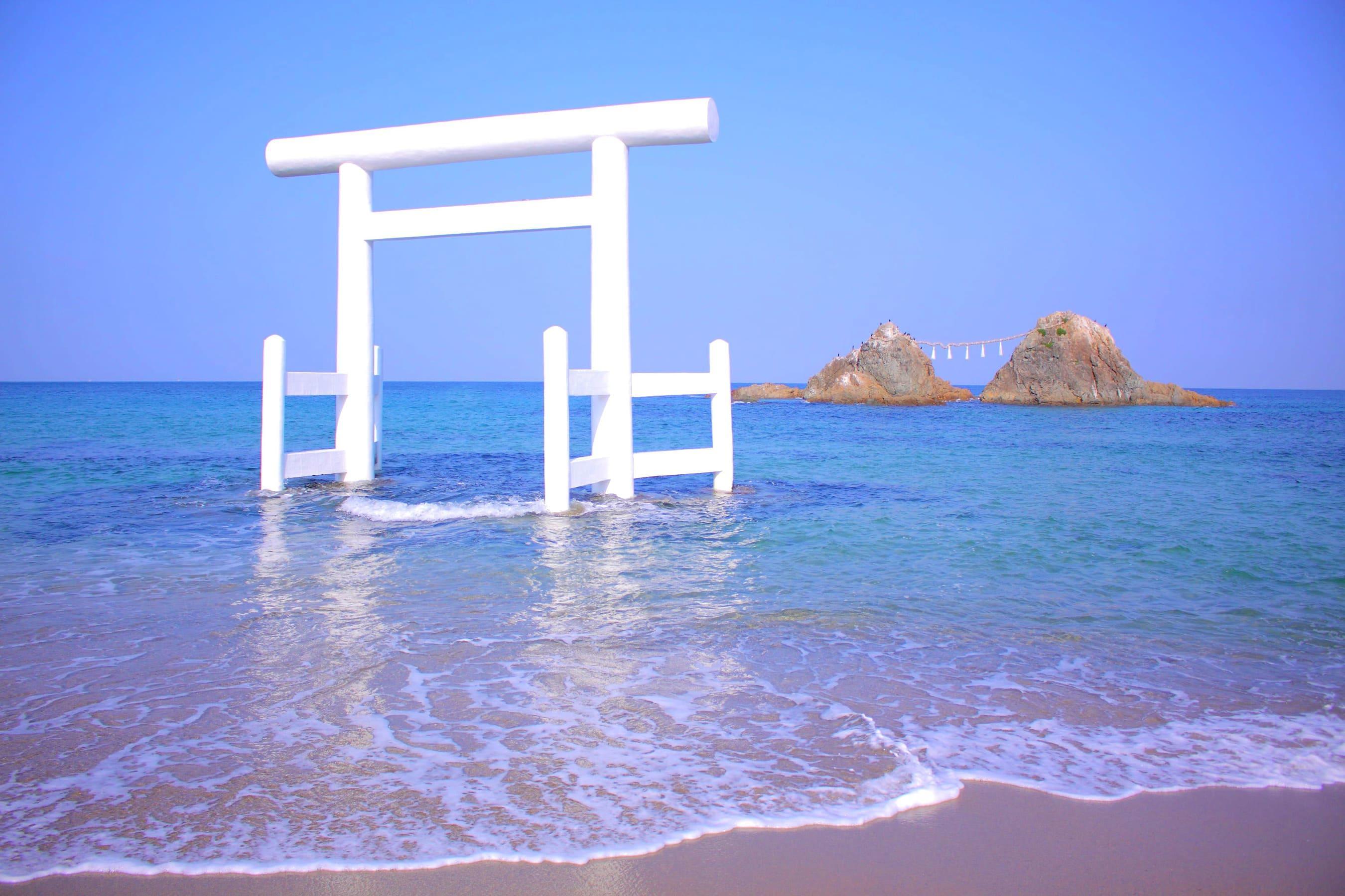 《GOTOトラベルキャンペーン》恋する糸島!!自然・歴史に触れて心をリフレッシュ!!HEARTSバスステーション博多出発