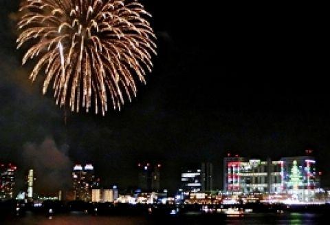 東京湾クリスマスディナークルーズ