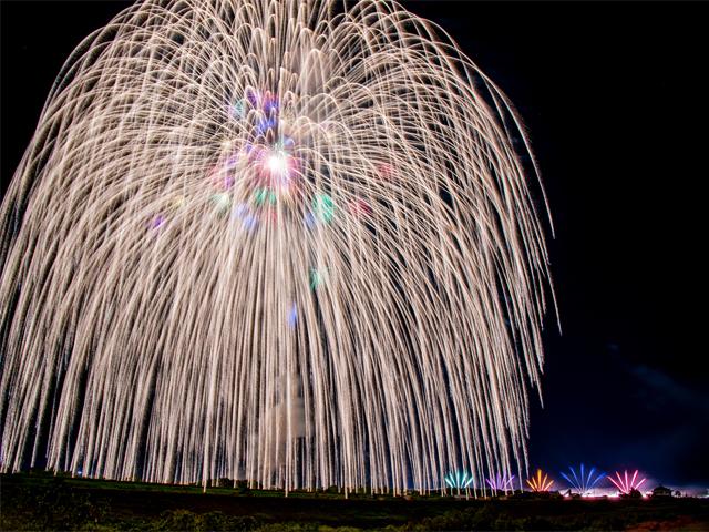 【桟敷指定席プラン】日本三大花火の一つ「長岡まつり大花火大会」へ!さっぱり入浴付バスツアー☆