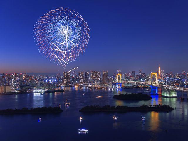 東京の花火大会クルーズ