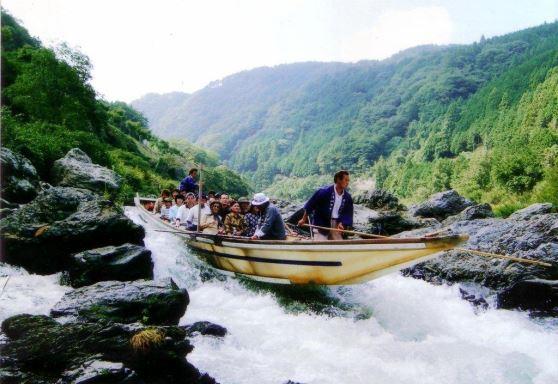 嵐山散策とトロッコ列車と保津川下り<20名様限定>
