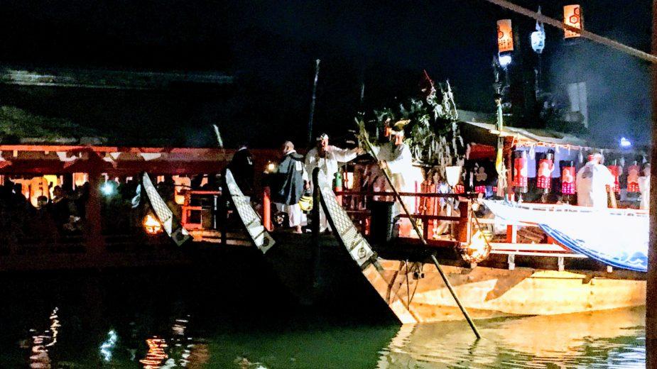日本三大船神事のひとつ 平安絵巻「宮島 管弦祭」