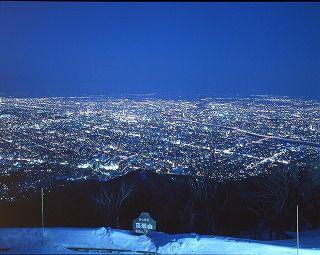 冬の札幌もいわ山夜景バスコース