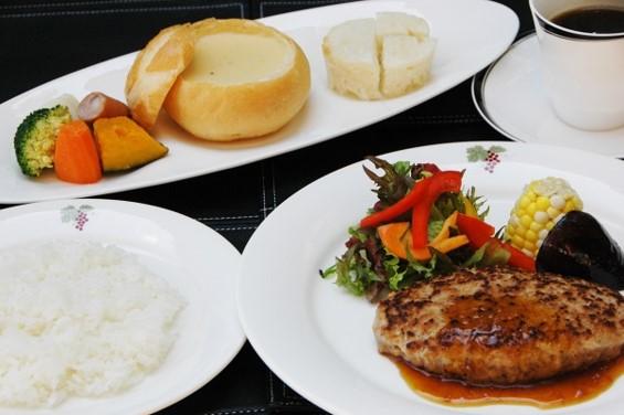 初冬の青い池コース 日中&ライトアップと2度訪ねる!