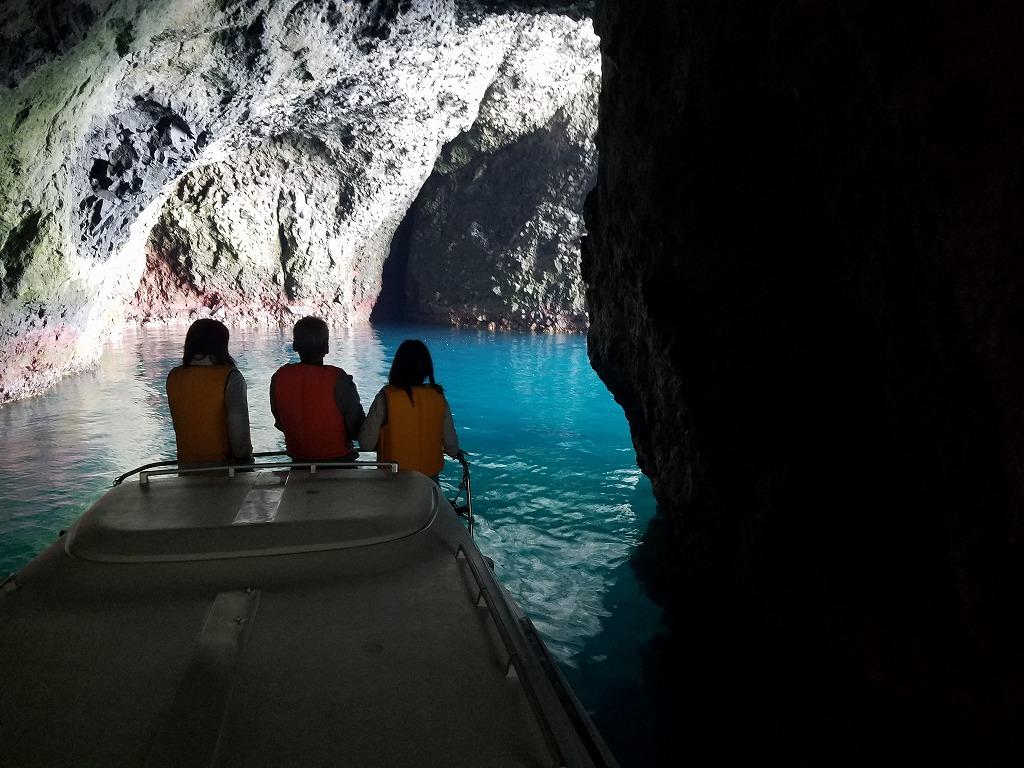 青の洞窟クルーズ