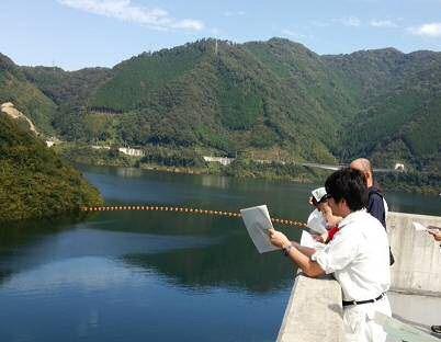 苫田ダム管理所 (10:00集合)苫田ダム探訪ツアー