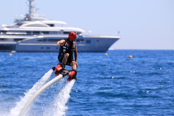 【販売停止】人気急上昇の新感覚マリンスポーツを体感!宜野湾マリーナでフライボード!