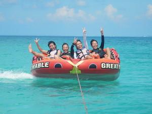 ウミガメと至近距離で泳ぐフォトツアー&東洋一美しいビーチでマリン3種