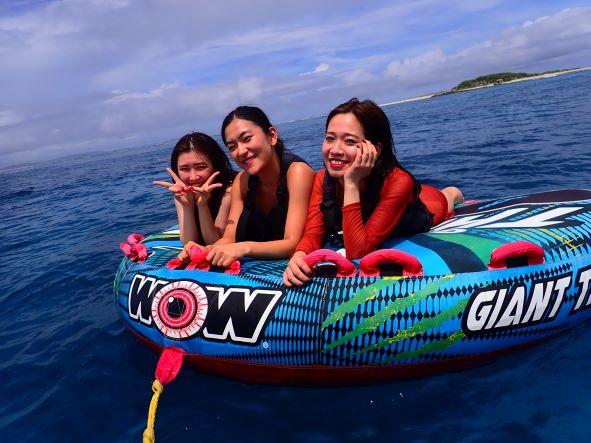 クルージング+シュノーケル+無人島上陸