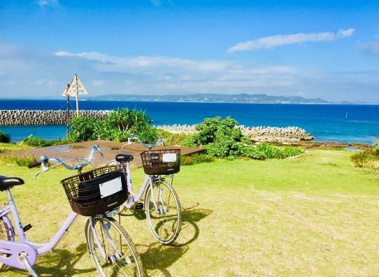 神が宿る聖地「神の島」久高島をめぐる