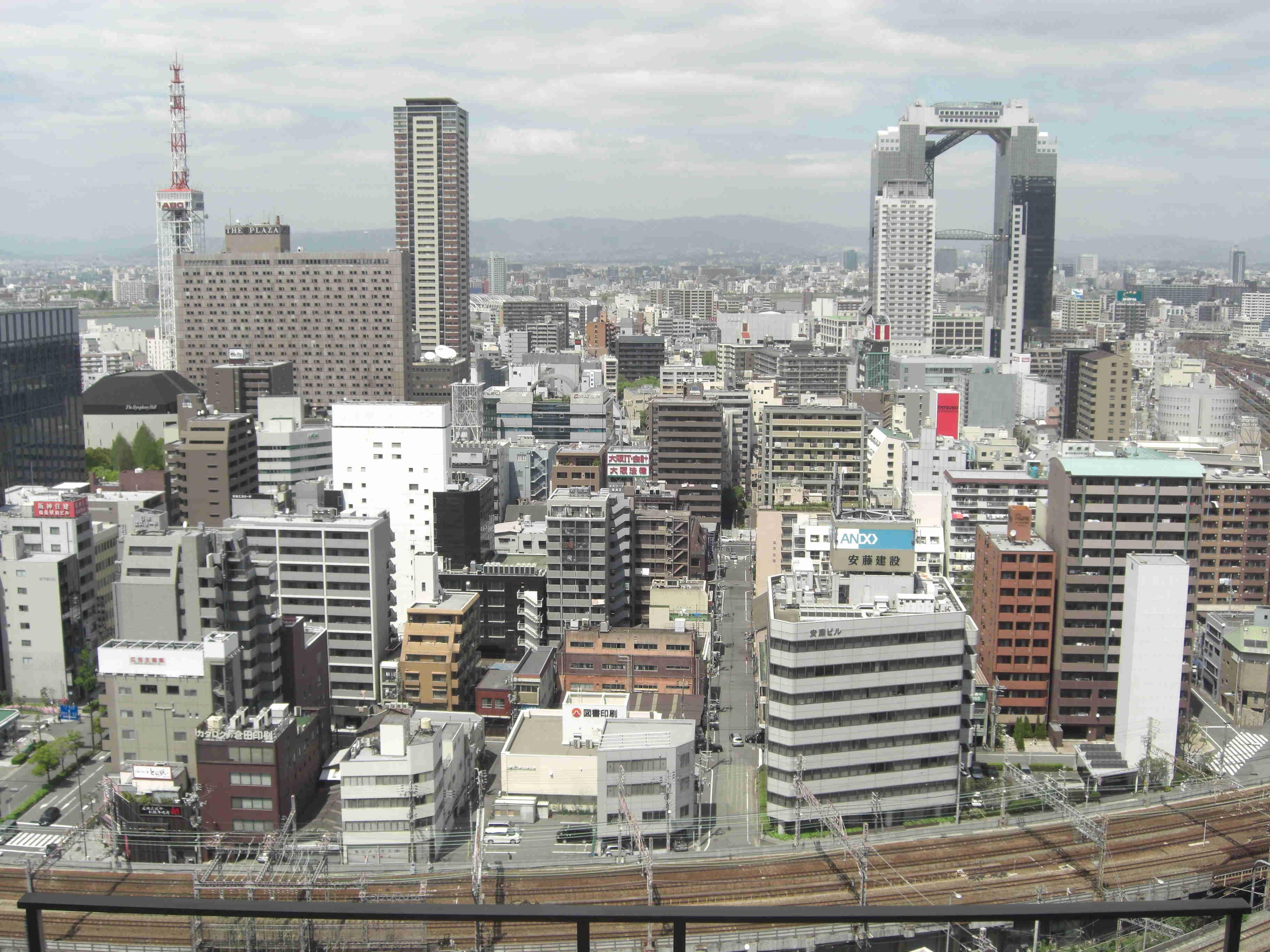 [午前出発]大阪市内観光貸切半日コース(4時間) 訪れたい観光地を2か所選ぼう!!