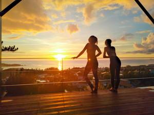 沖縄・恩納村で楽しむヨガ&瞑想