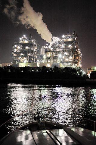 工場夜景ジャングルクルーズ